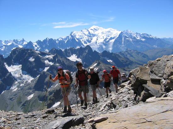 Организация походов в Альпы: интересно, безопасно, недорого